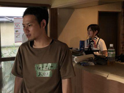 ゲストハウス&カフェ「ここ和」で壁塗りワークショップ♪